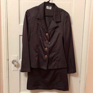 Business Suit Size 7